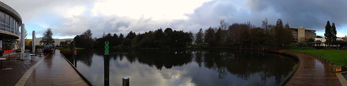 Hamilton Waikato Uni Campus Lake